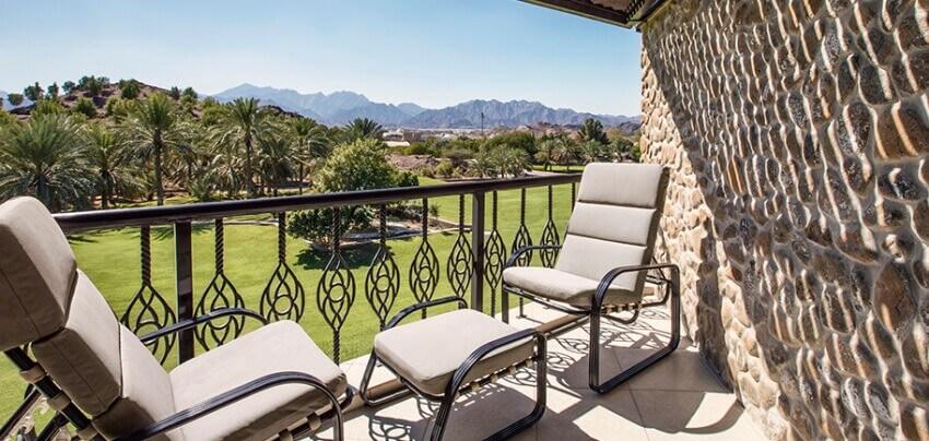 JA-Hatta-Fort-Hotel-Premium-Mountain-View-Balcony.jpg