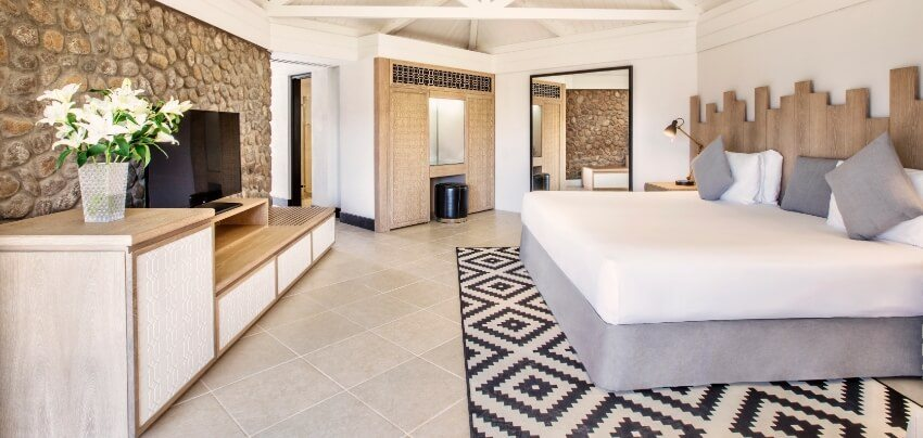 Hatta Guestroom with Bathroom View