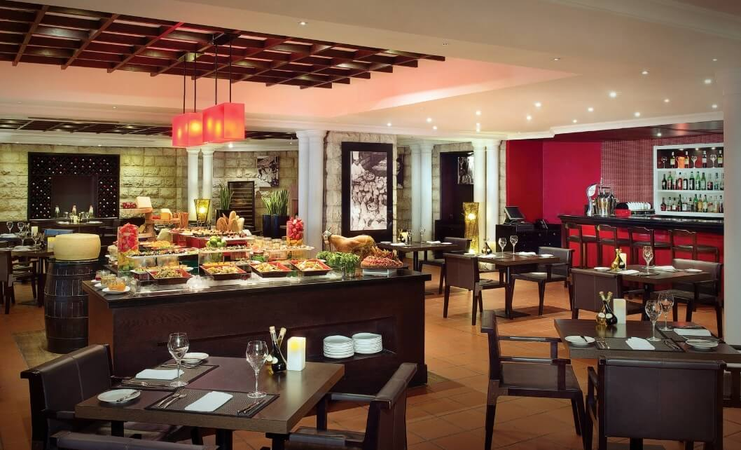 Restaurant With Salad Bar