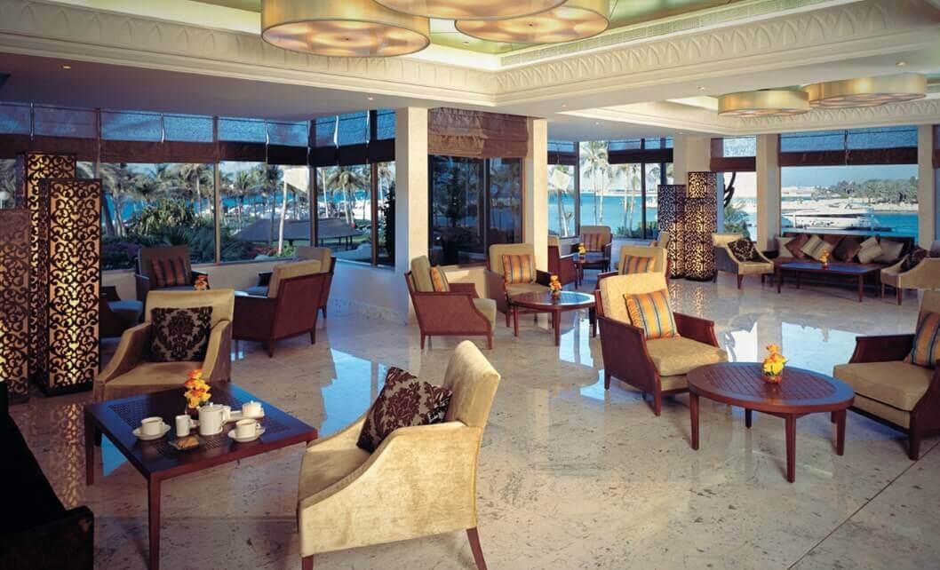 Waterfront Lounge