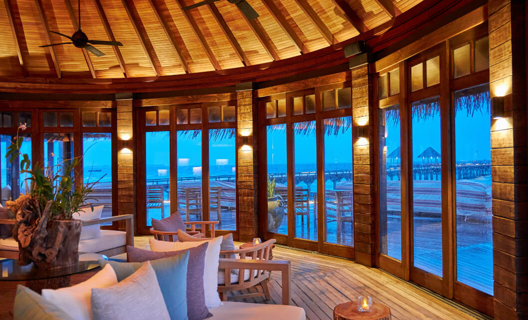 JA Manafaru - White Orchid Lounge.1.jpg