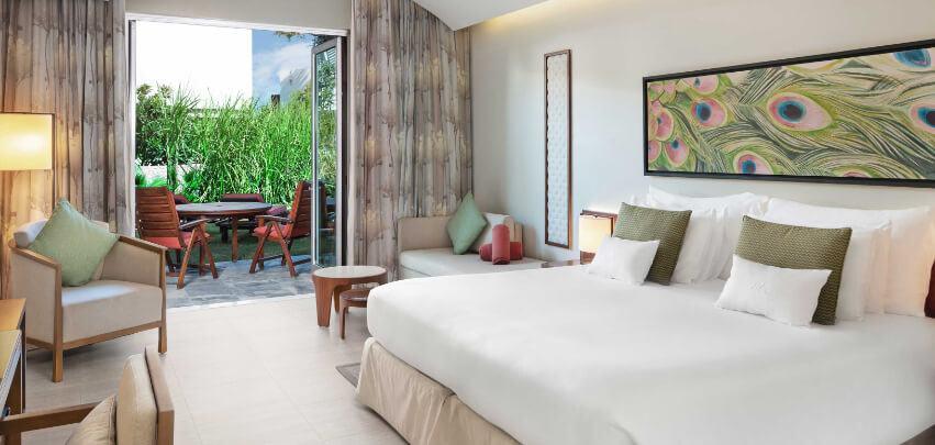 ja-palm-tree-court-Garden-Terrace-Junior-Suite