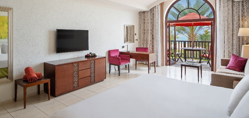 ja-palm-tree-court-Sea-View-Junior-Suite